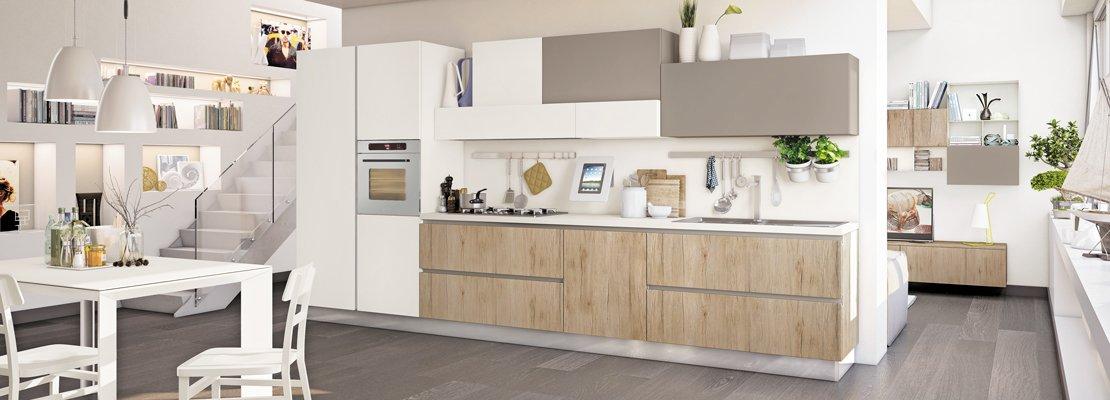 Interni Di Design Quasi Spaziale : Cucine tutto su una parete o quasi cose di casa