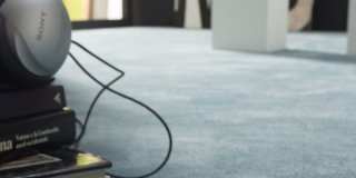 Pavimentazione tessile: perché scegliere la moquette