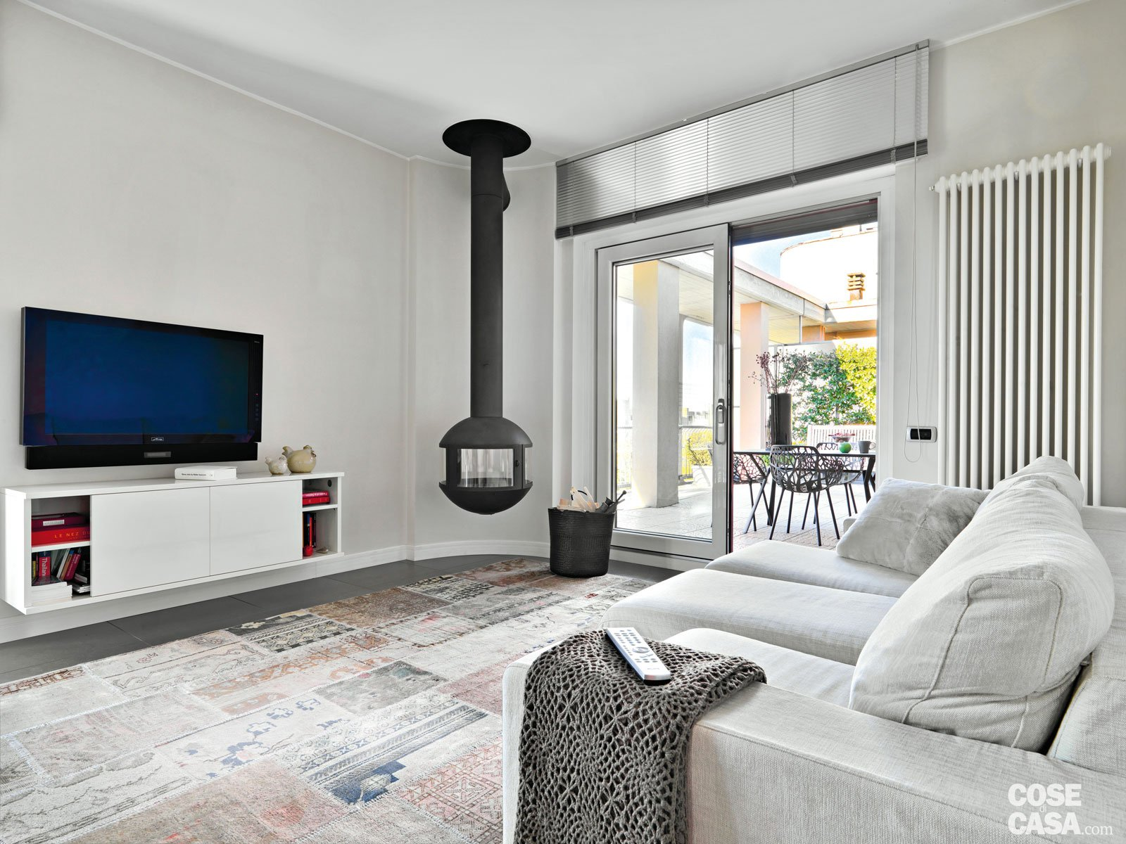 88 mq ottimizzati e ambienti total white cose di casa for Casa moderna total white