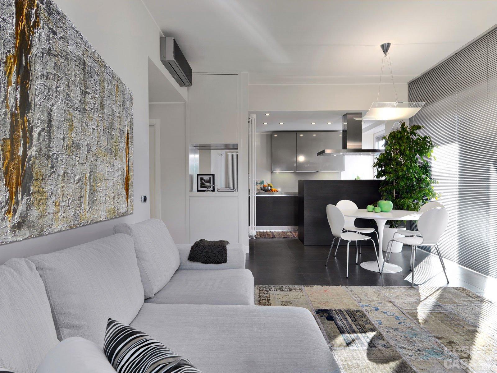 Soggiorni Con Camino Ad Angolo : Mq ottimizzati e ambienti total white cose di casa