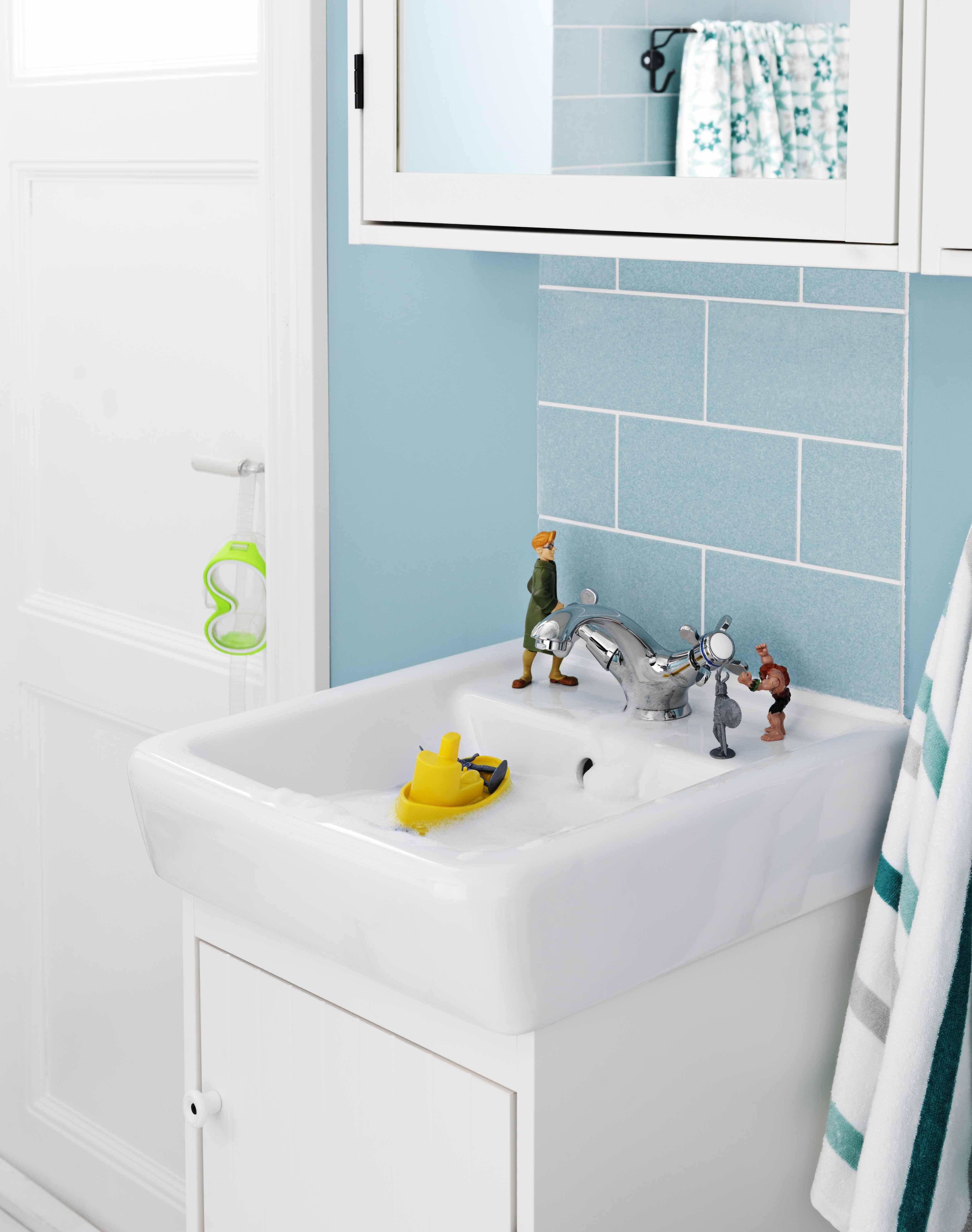 monoforo e con troppo pieno il lavabo hamnviken di ikea italia retail in porcellana bianca
