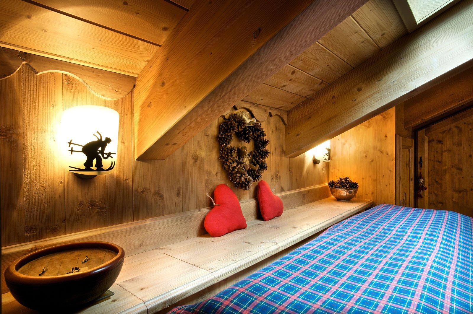Sfruttare al meglio lo spazio in mansarda cose di casa - Lo trovi sotto il letto ...