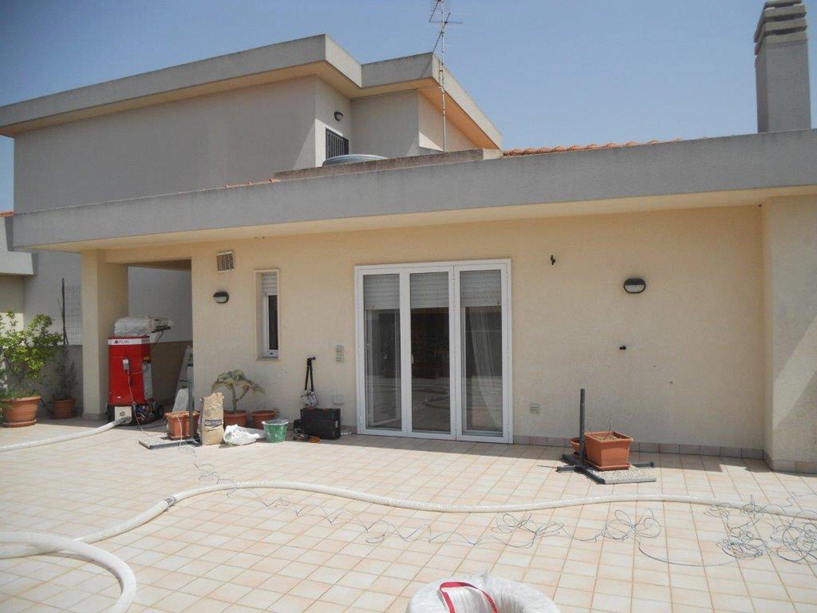 Isolamento termico come ridurre i consumi energetici in - Colore esterno casa campagna ...