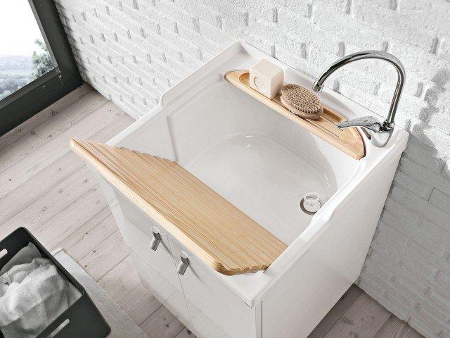 Mobili lavabo piccoli per risparmiare centimetri preziosi - Laminato per bagno leroy merlin ...