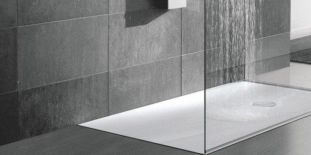 Piatti doccia a filo per un bagno trendy cose di casa - Piatto doccia raso pavimento ...