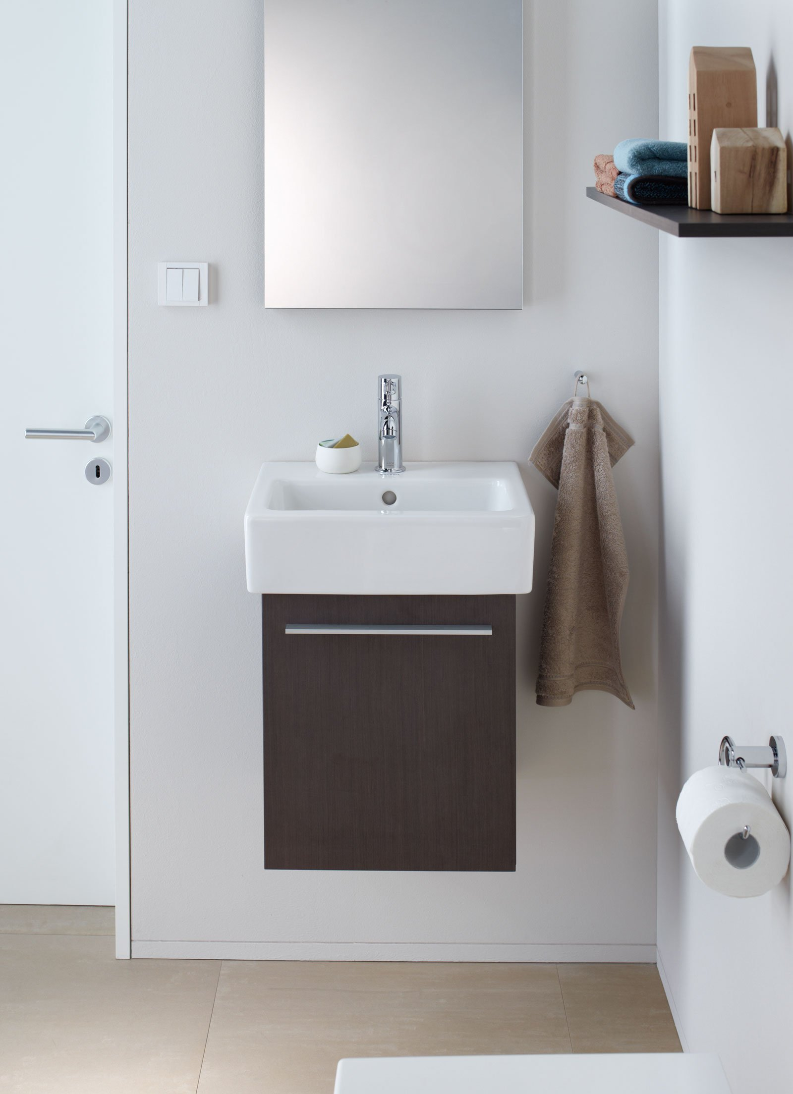 Mobili lavabo piccoli per risparmiare centimetri preziosi cose di casa - Mobile bagno doppio lavabo leroy merlin ...