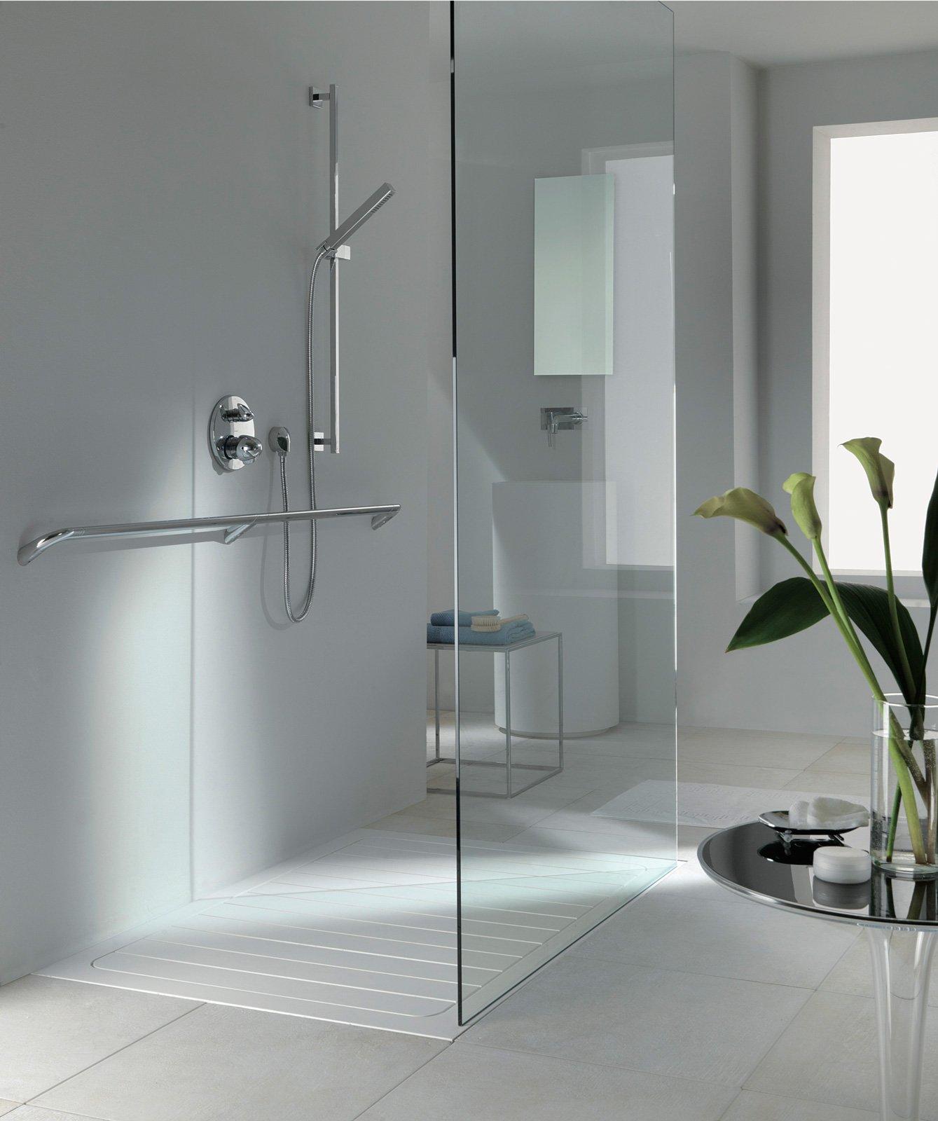 Piatti doccia a filo per un bagno trendy cose di casa - Doccia senza piatto doccia ...