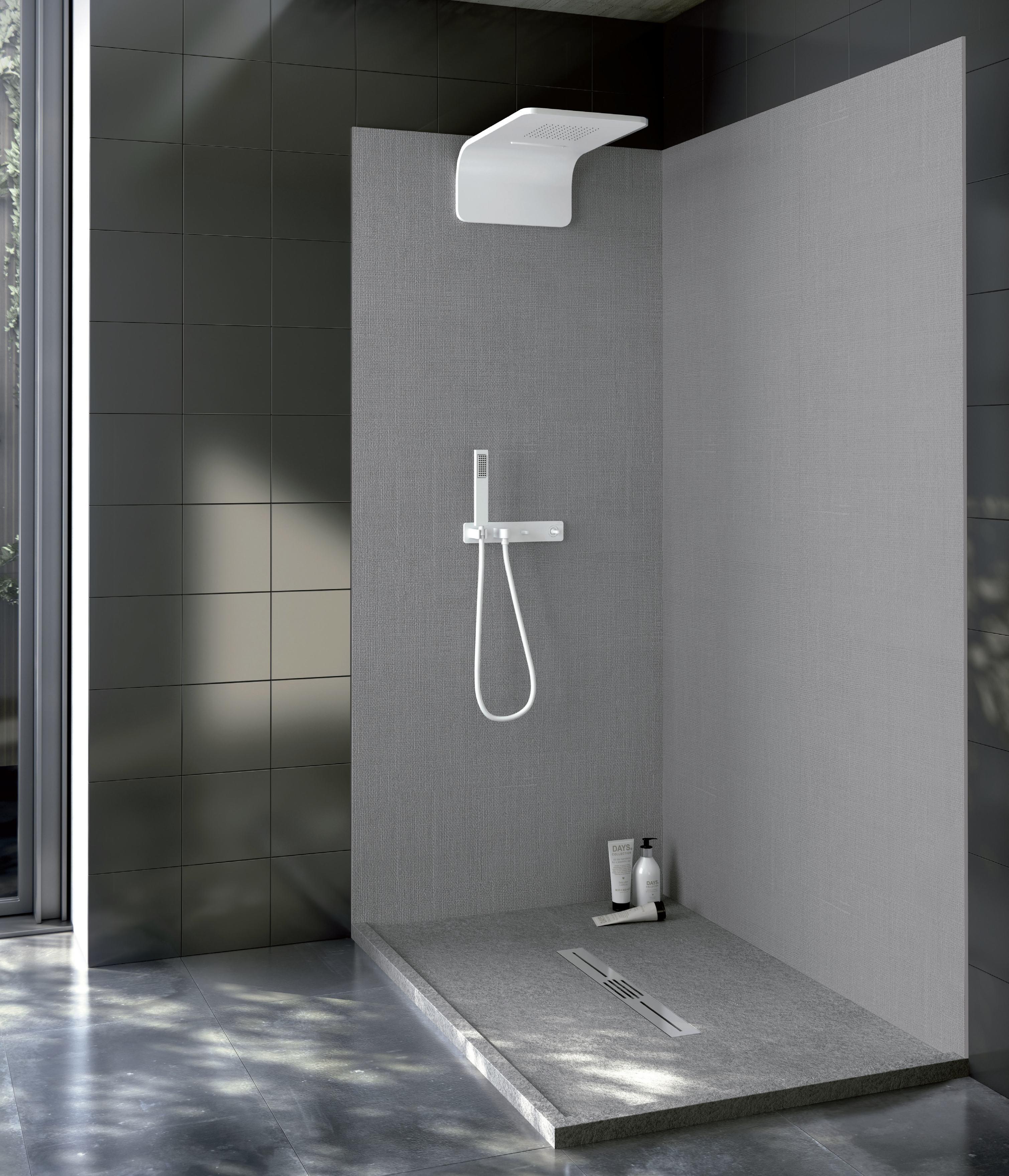 In bagno superfici in solid surface per piani lavabi for Piani casa ultra contemporanei