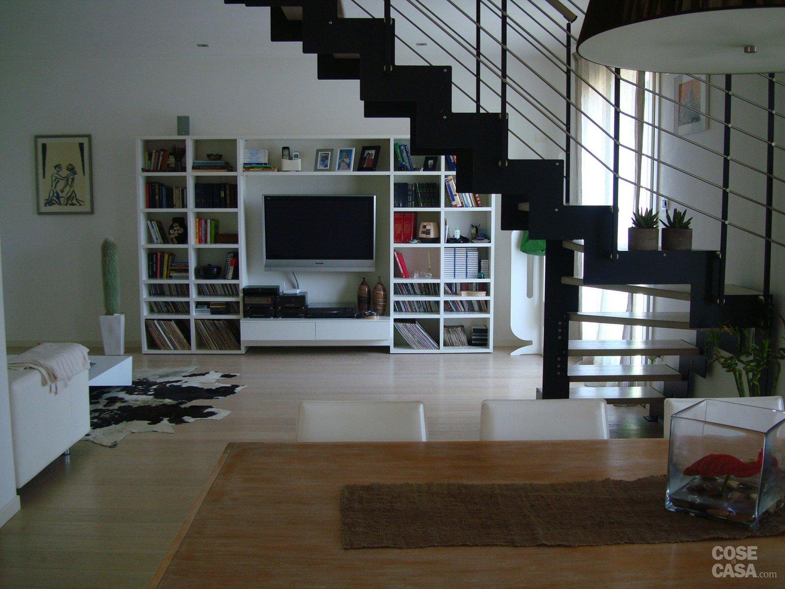 120 mq su due piani con mansarda cose di casa for Piani di ascensori costruiti in casa