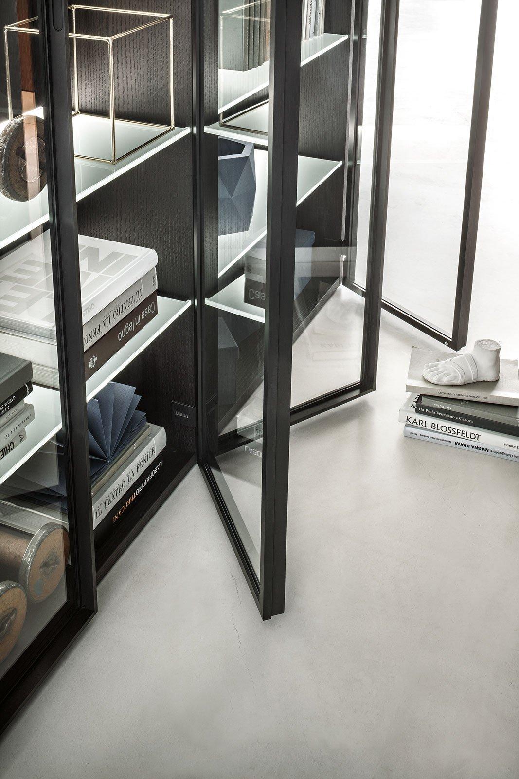 Tendenze metallo e vetro per gli armadi e le librerie for Armadi di metallo per uffici