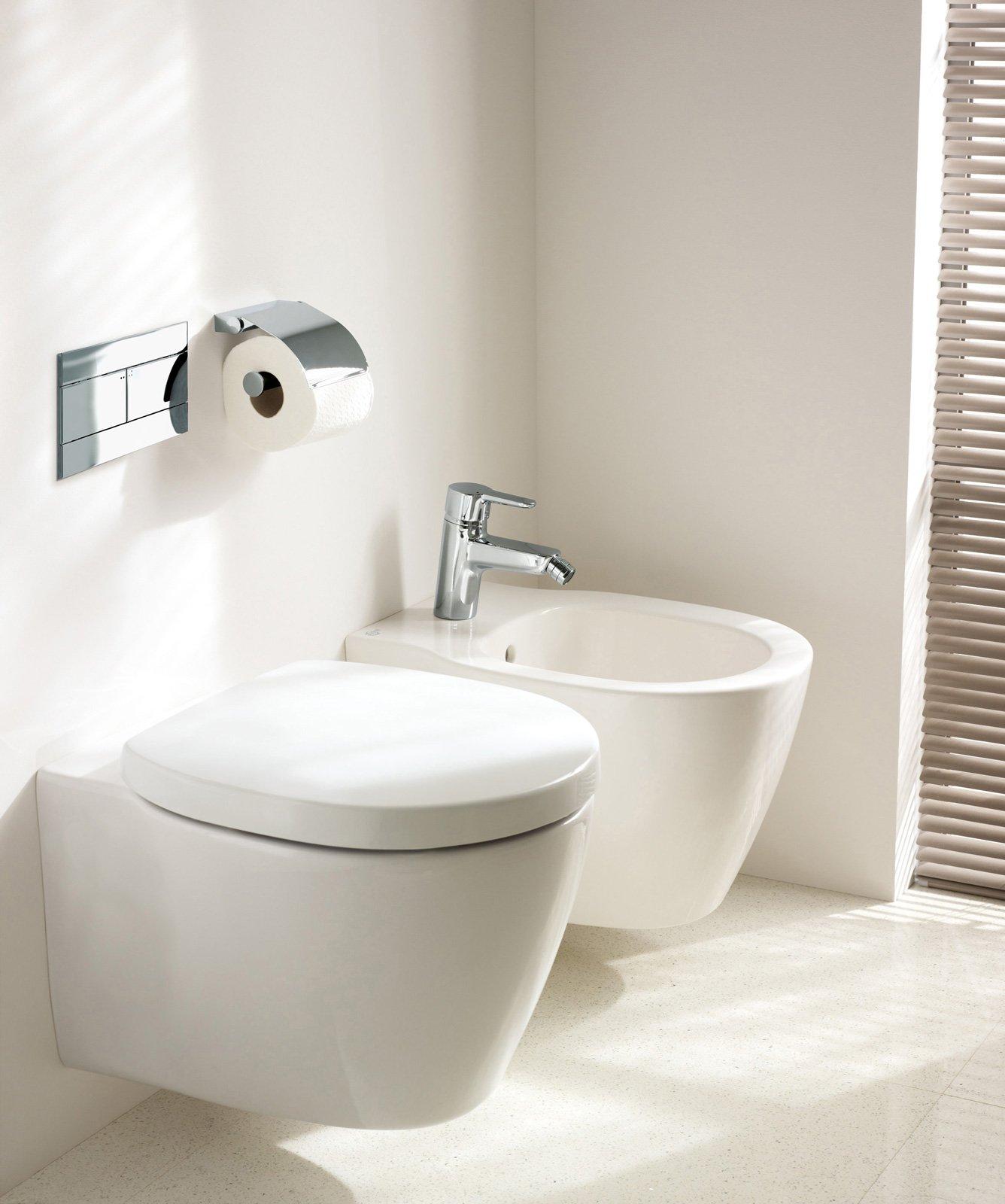 Sanitari Per Bagni Piccoli : Salvaspazio per il bagno water e bidet piccoli cose di casa