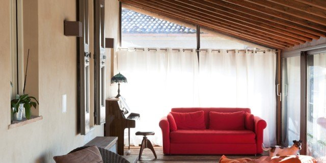 Elegant Una Casa Con Ambienti Moderni A Sfondo Rustico