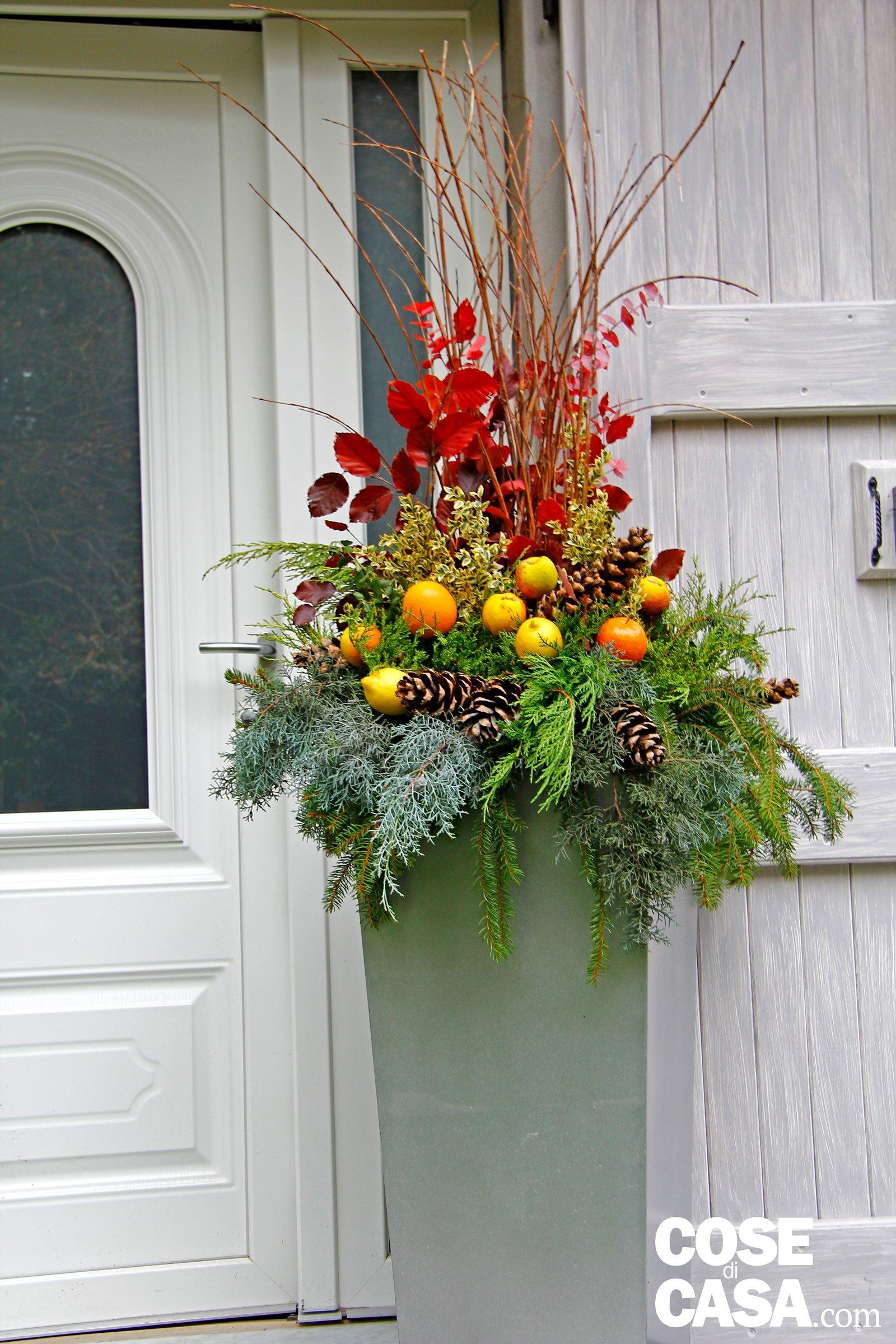La composizione natalizia per decorare l ingresso cose - Cose per la casa ...