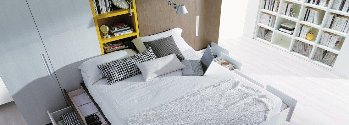 Mobili e accessori salvaspazio per la camera da letto for Mobili per computer