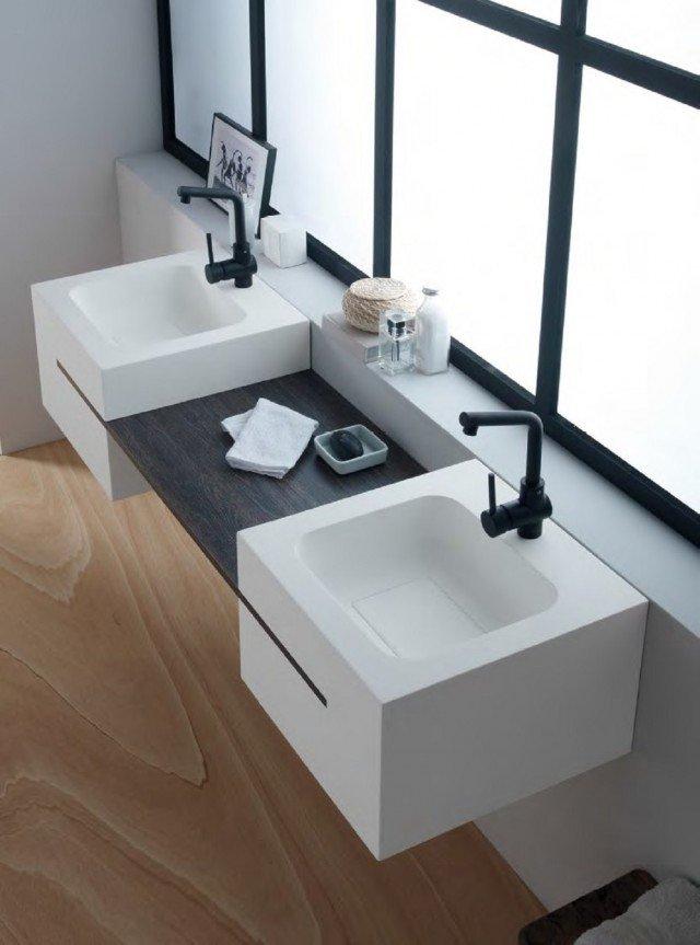 Mensole e piani d 39 appoggio per il lavabo cose di casa - Regia mobili bagno ...