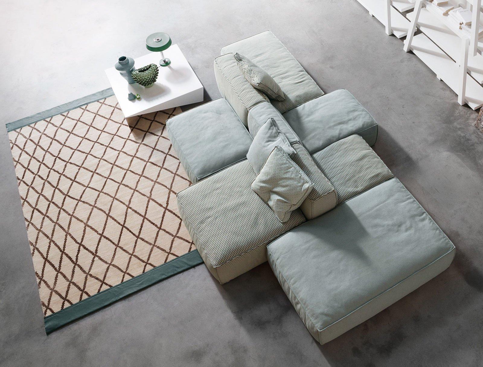 Divano fisso o divano componibile cose di casa for Divano a isola