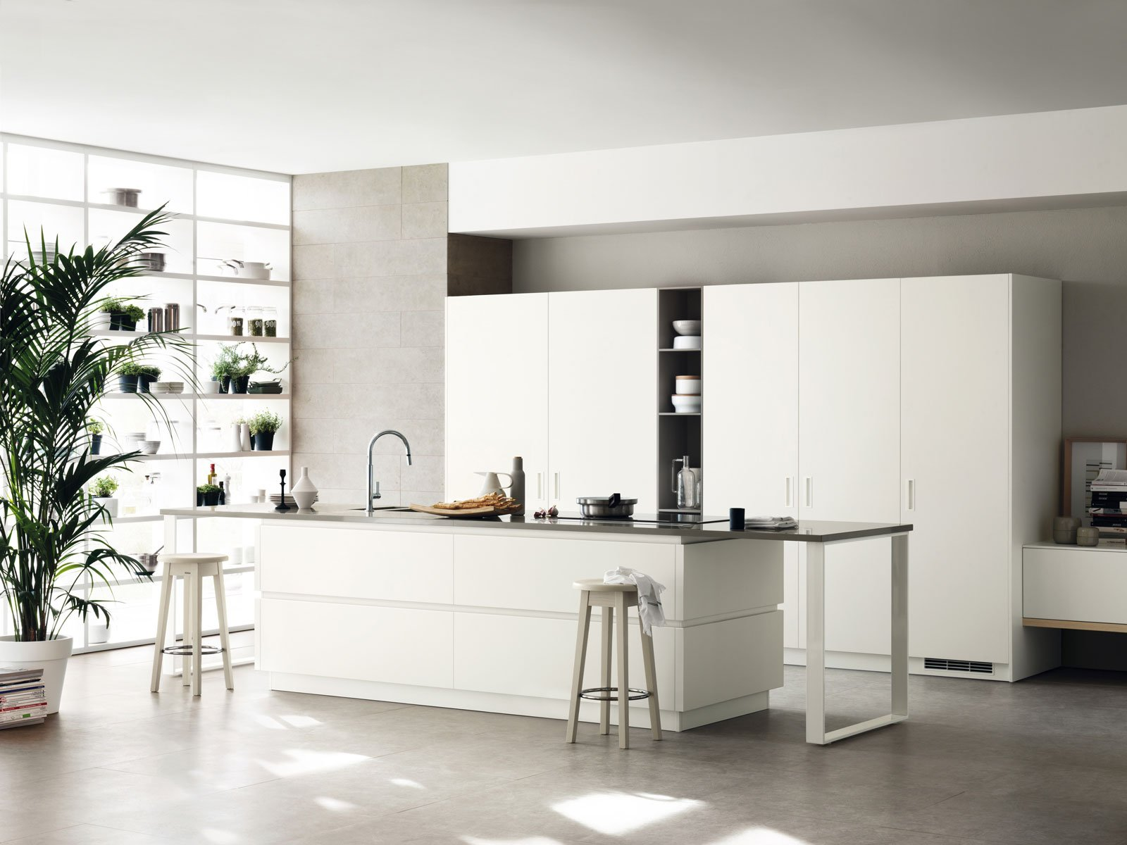 Armadiature a colonna per cucine trendy e funzionali for Piani di casa modulari con suite di lavoro