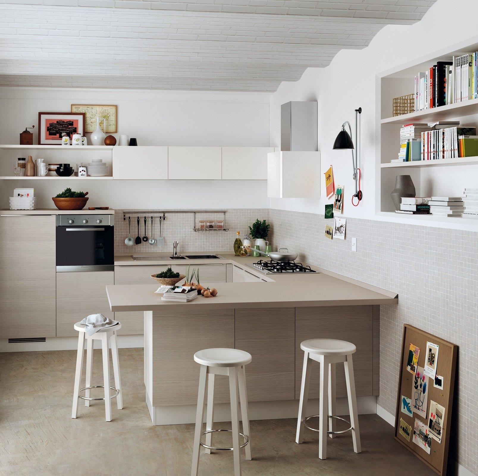 Organizzare al meglio lo spazio cucina nel sottotetto - Cucine per mansarda ...