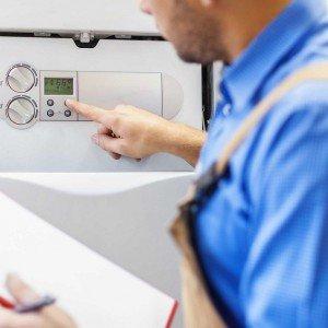 Le valvole termostatiche servono a mantenere costante la temperatura della stanza, regolando l'afflusso d'acqua che circola nei radiatori a seconda della temperatura desiderata.