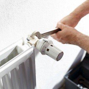 Entro giugno 2017, diventa obbligatorio installare le valvole termostatiche per tutti gli abitanti di condomini con riscaldamento centralizzato.