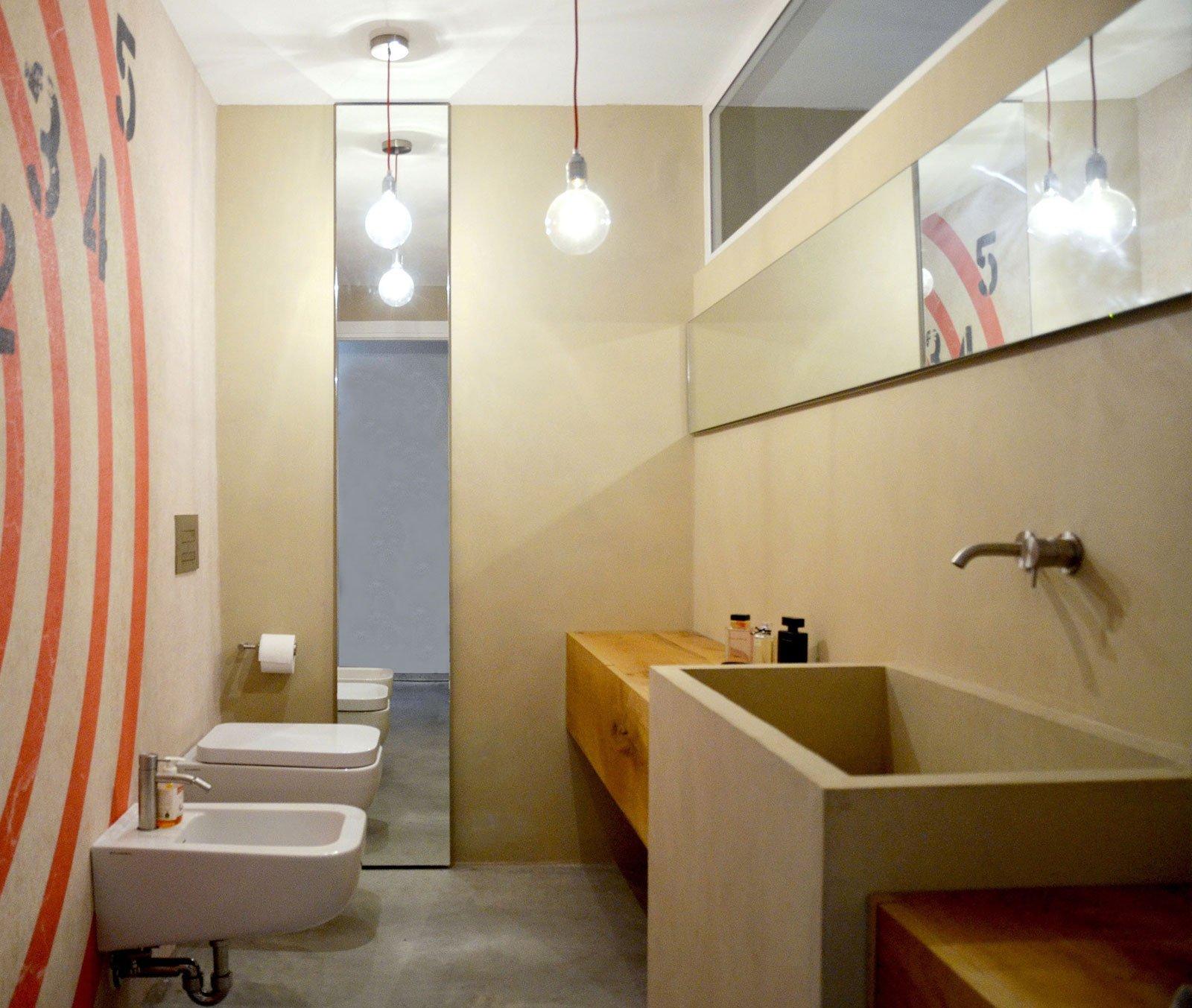 Resina rivestimenti per pavimenti pareti piani di - Resina per pareti bagno ...