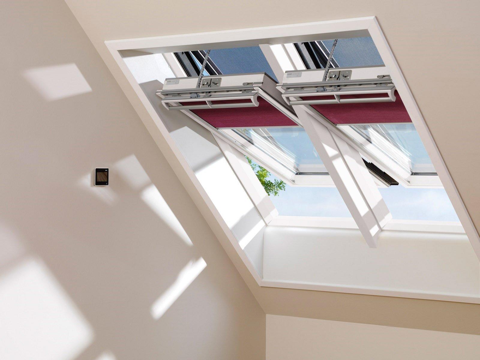 Casa sicura con tetto e finestra a prova di infiltrazioni for Finestre velux per tetti