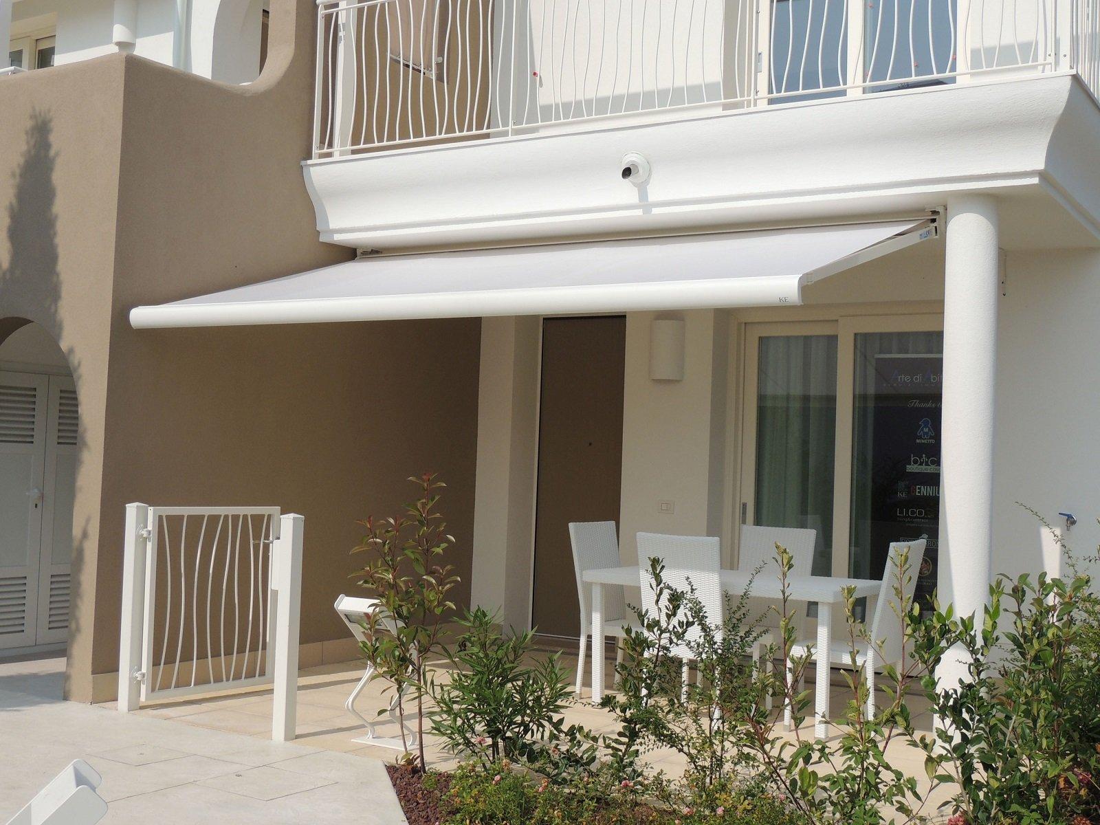 Tende Da Sole Per Balcone : Tende da sole per una casa che si amplia all esterno cose di casa