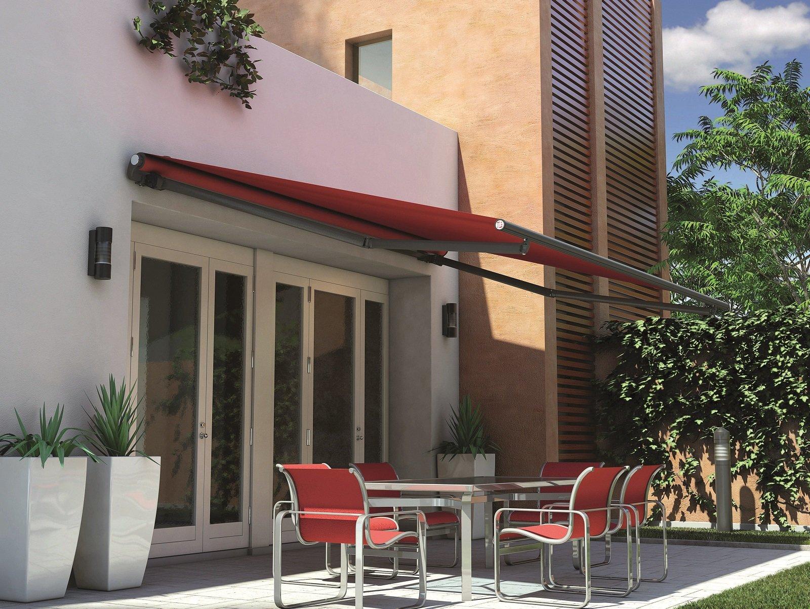 Tende da sole per una casa che si amplia all 39 esterno for Design dello spazio esterno