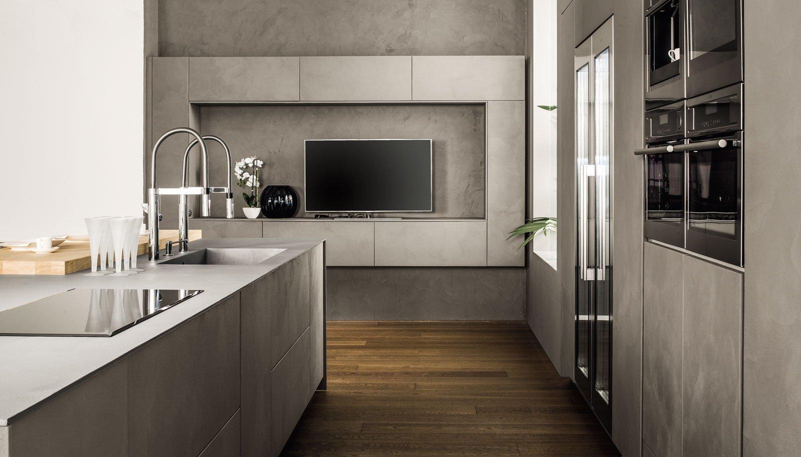 Cucine in grigio di inaspettata freschezza novit eurocucina in anteprima cose di casa - Cucine grigio perla ...