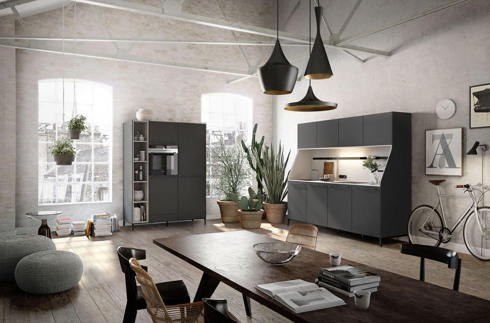 Cucine in grigio di inaspettata freschezza novit eurocucina in anteprima cose di casa - Cucina grigio scuro ...