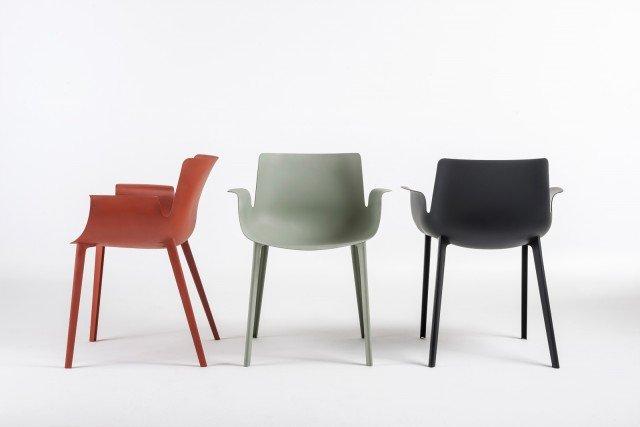 5-kartell-01_PIUMA_chairs-trio