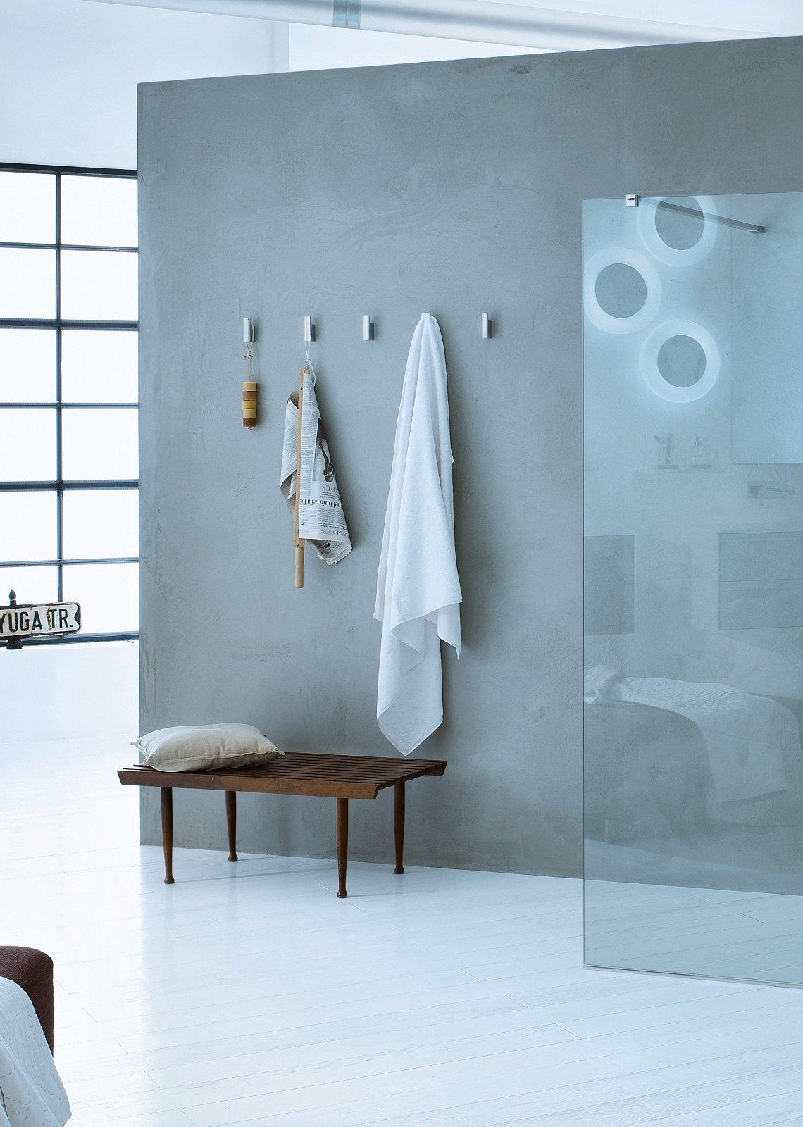 Soluzioni per appendere in bagno cose di casa - Appendiabiti per bagno ...