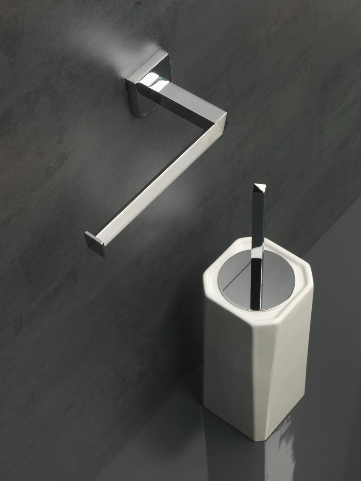 Accessori per il bagno qualit italiana per completare l for Elementi bagno
