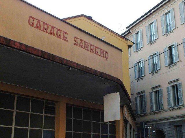 Uno scorcio del Garage Sanremo in via Zecca Vecchia, headquarter del distretto 5vie+Art