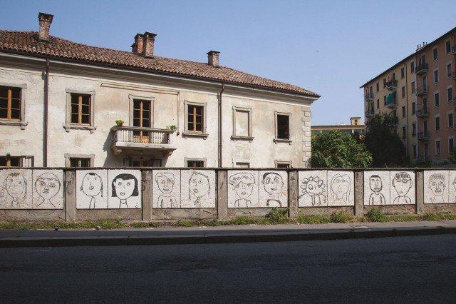 Uno scorcio esterno della Cascina Cuccagna, via Cuccagna 2, Milano
