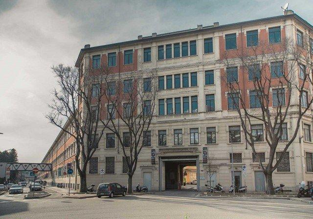 Lo stabile di BASE, il nuovo progetto integrato per la cultura e la creatività negli storici spazi dell'ex Ansaldo.