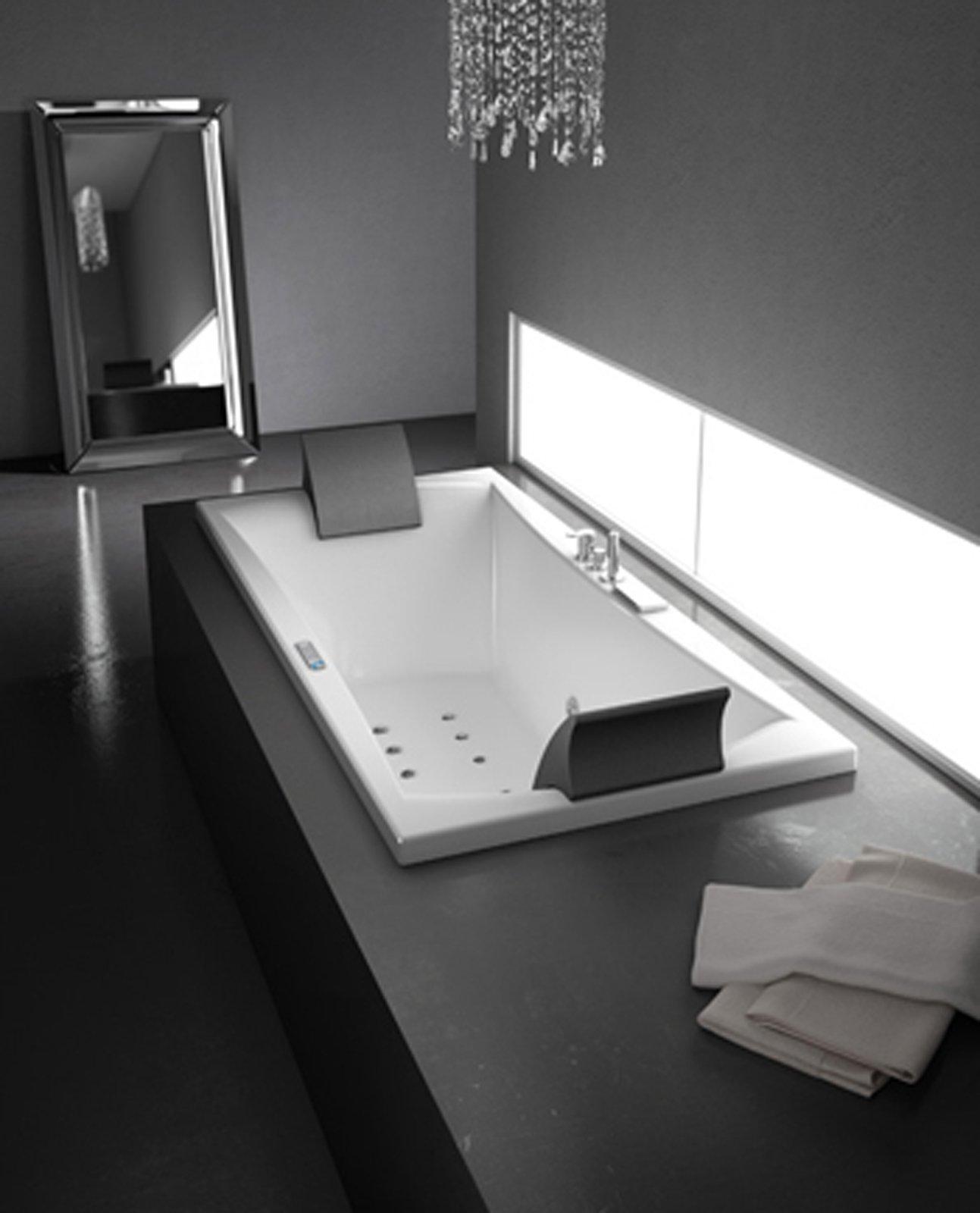 Vasca idromassaggio cosa serve per installarla cose di for Vasca laghetto rettangolare