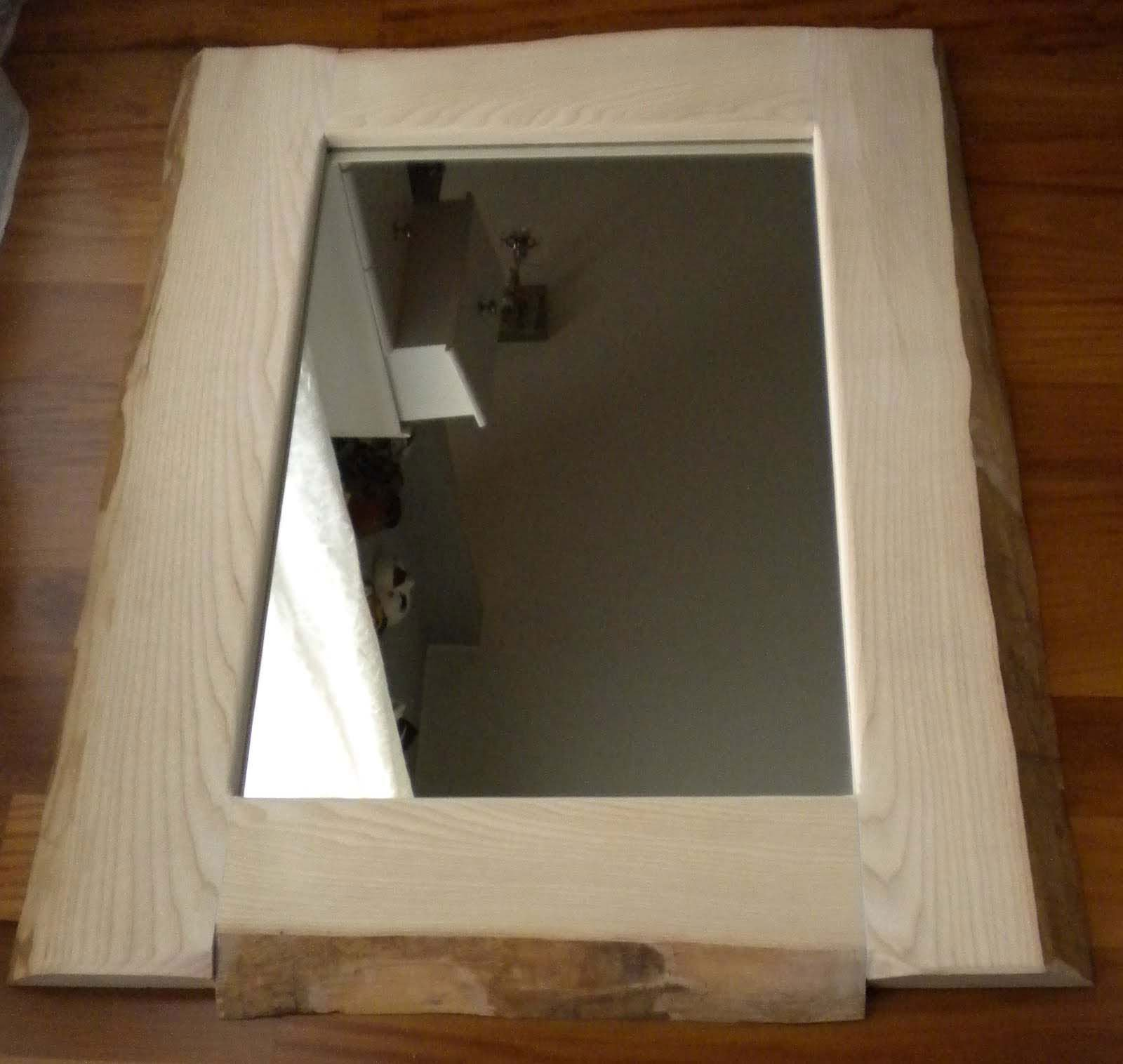 Specchio fai da te con legno e corteccia naturale cose di casa - Specchio che si rompe da solo ...