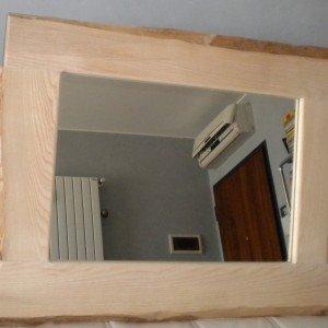 Specchio fai da te con legno e corteccia naturale cose - Costo specchio a mq ...