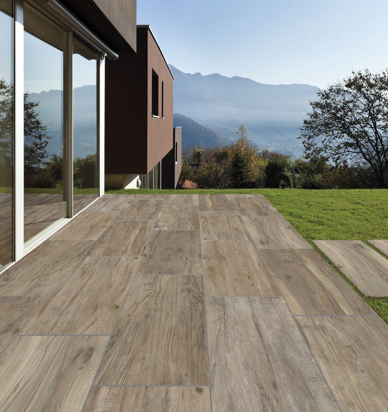 Pavimenti per l esterno effetto legno e pietra cose di casa for Ceramica exterior