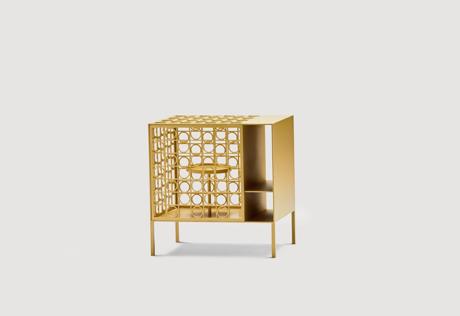 Finest incontro teca di daa with mobili in metallo for Armadi basso costo