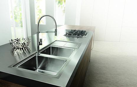 Lavelli per la cucina cose di casa - Lavelli da incasso per cucina ...