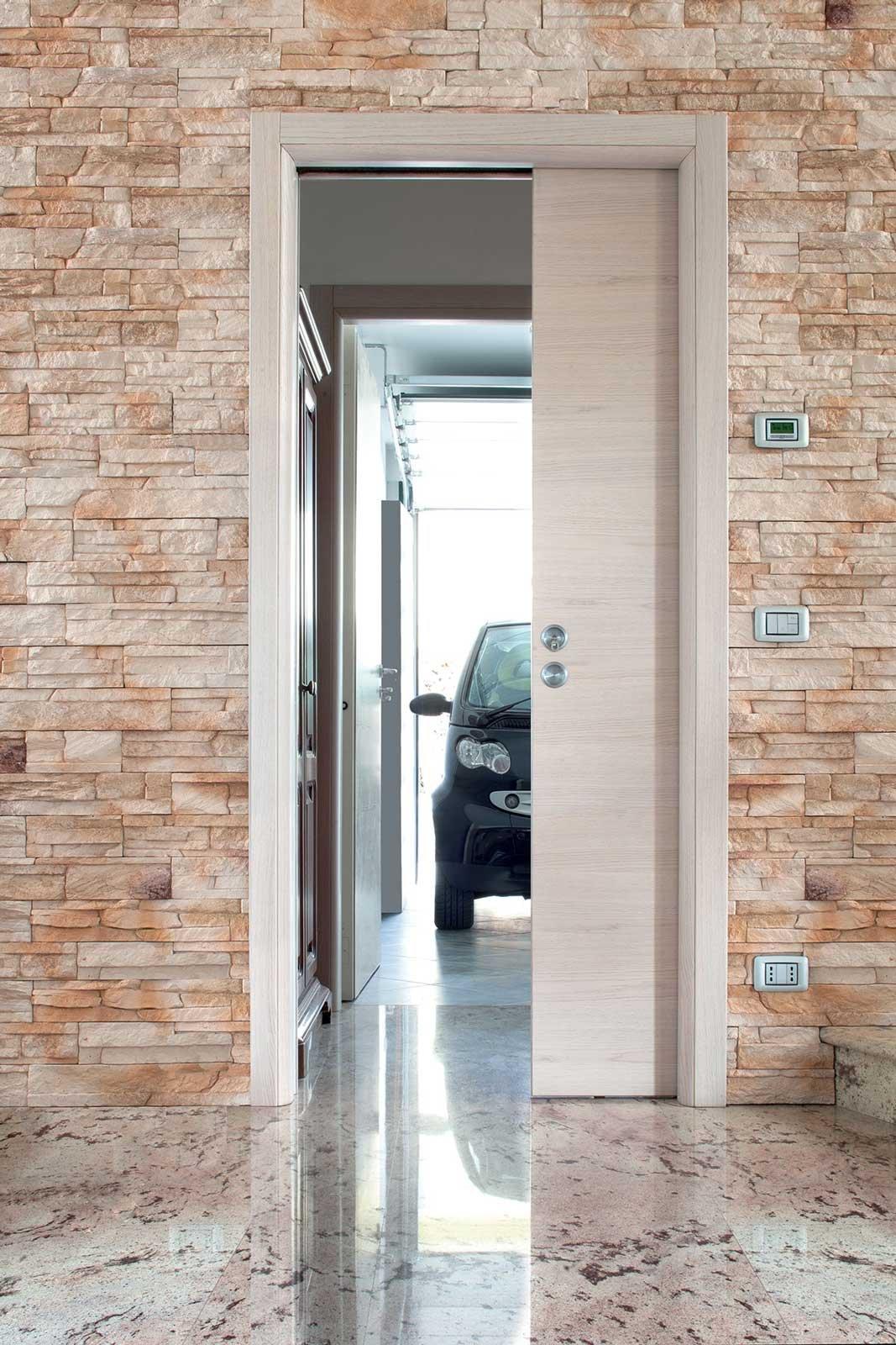 Porte scorrevoli a scomparsa si pu mettere un interruttore sulla parete cose di casa - Costo porta a scrigno ...
