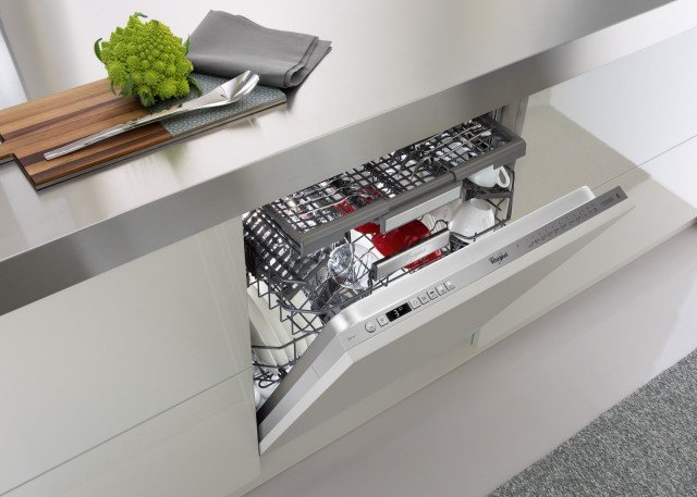 1Whirlpool-6-Senso-PowerClean-Pro-lavastoviglie