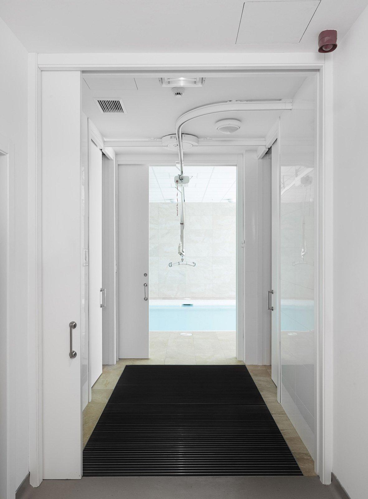Porte scorrevoli a scomparsa per una casa senza barriere - Pannello decorativo per porte ...