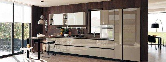 Cucine in vetro laccato