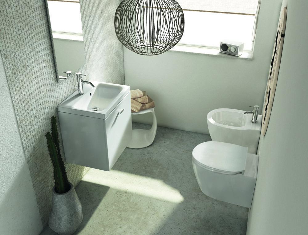 Per il bagno design e stile per spazi piccoli cose di casa for Piccoli piani di casa francese