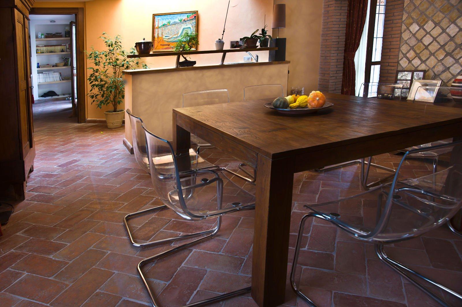 Pavimenti in promozione il cotto fatto a mano e cotto a - Come abbinare cucina e pavimento ...