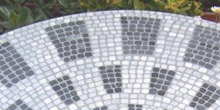 Tavolino effetto mosaico