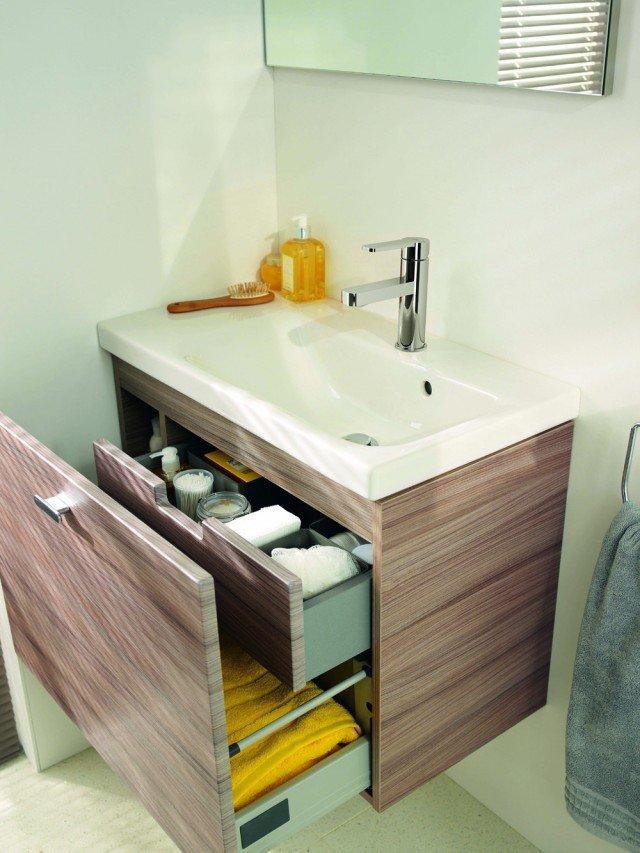 Per il bagno design e stile per spazi piccoli cose di casa for Mobile sotto lavabo